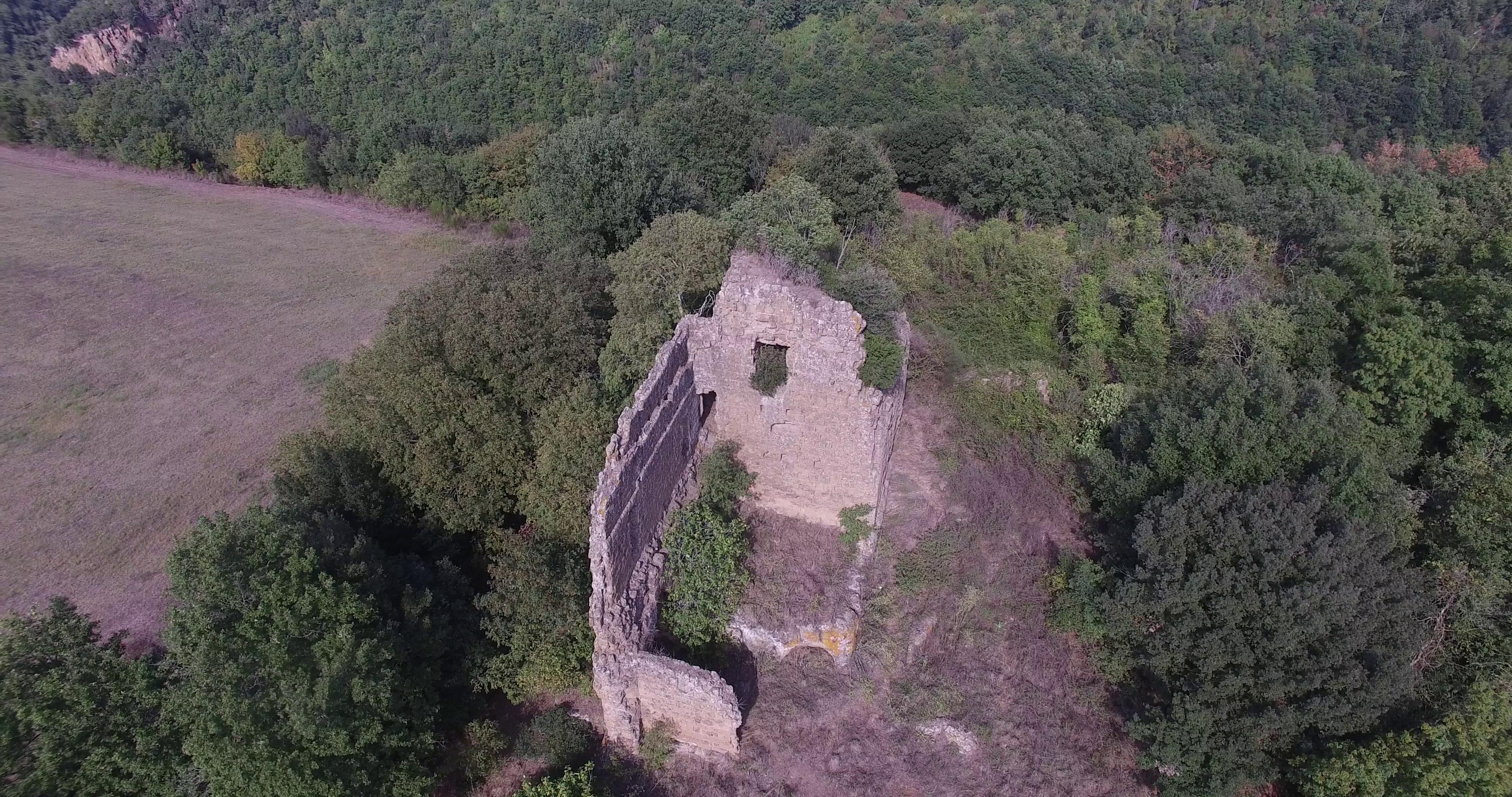 Un posto segreto vicino Roma? Castel D'Ischia
